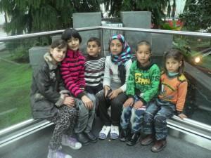 6 von 7 Kindern, die am 17.12. nach Deutschland zur Herzoperation im Albertinen - Krakenhaus in Hamburg gebracht wurden